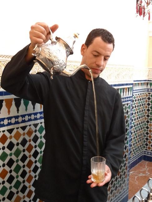 Servire Ceai Marocan