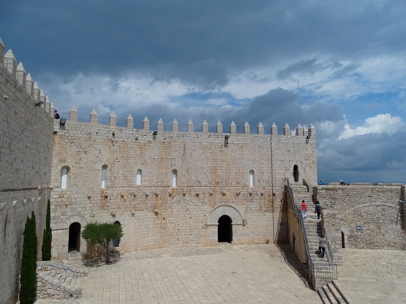 Zid Castel