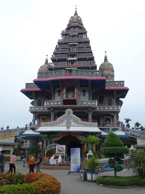 Biserica Sf. Maria Medan