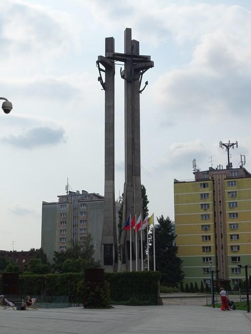 . Monumentul Muncitorilor Ucisi In
