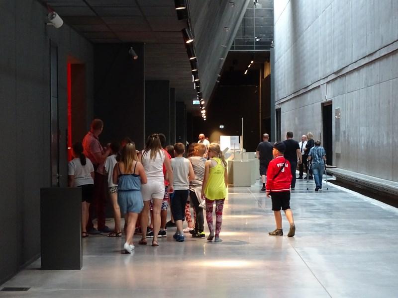 . Copii La Muzeu