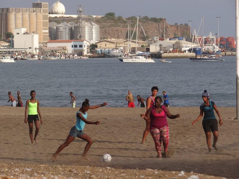 Fotbal Feminin Capul Verde