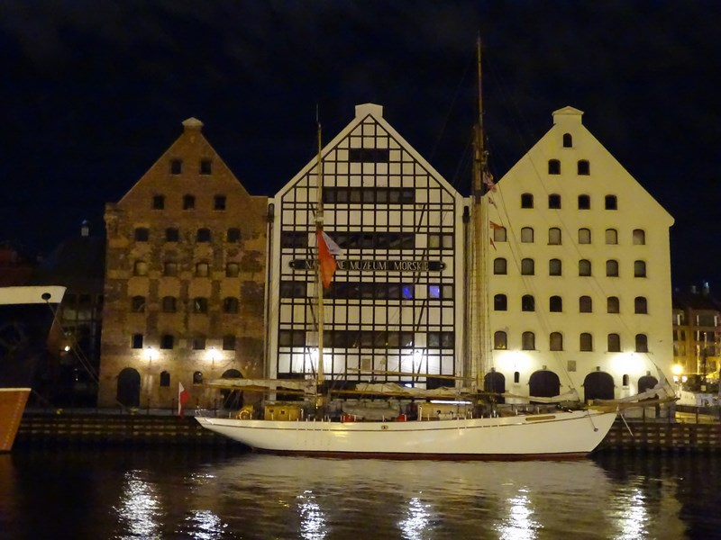 Cladiri Stil Olandez