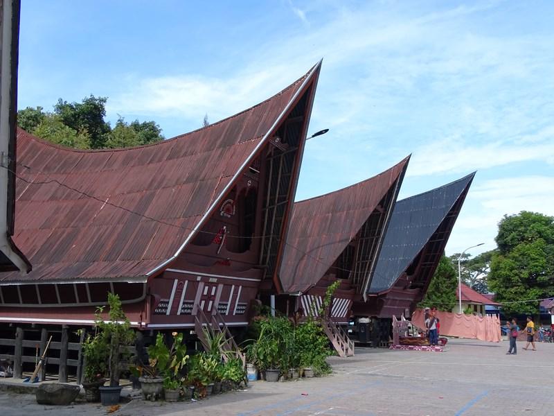 Casa Batak Lacul Toba