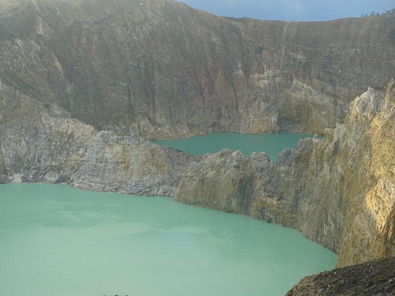 Lacurile Azurii