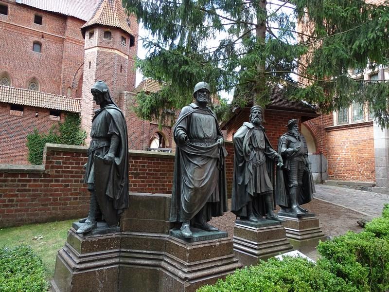 Mari Maestrii Teutoni