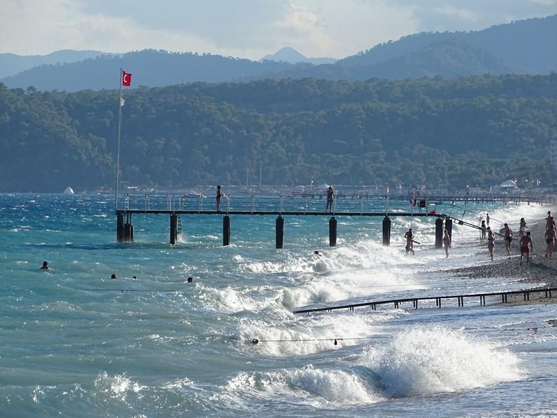 . Plaja Kiris