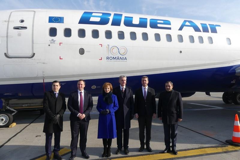 Familia Regala Si Blue Air