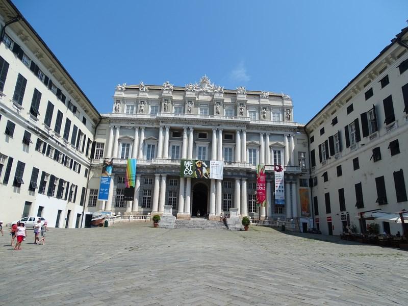 . Palatuil Ducal Genova