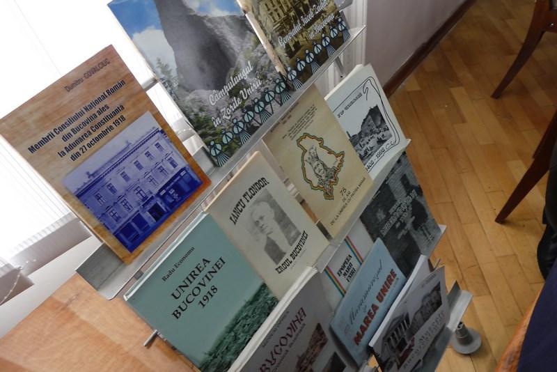 Carti Romanesti Bucovina De Nord