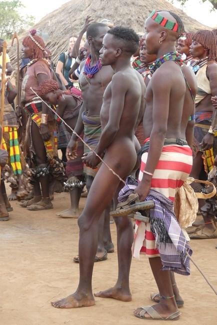Baiat African Nud