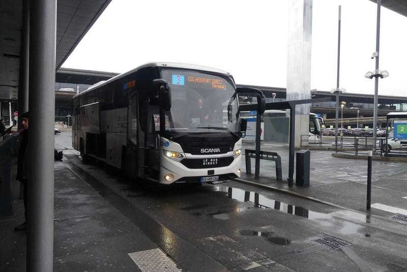 Bus stop CDG