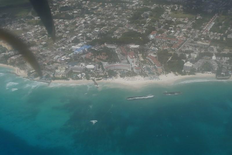 Barbados din avion