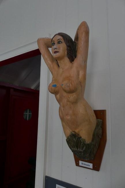Femeie goala
