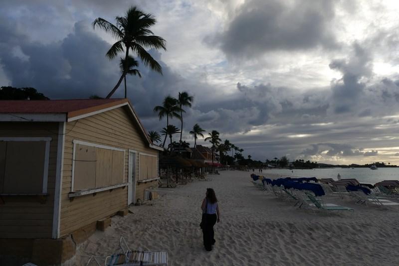 Apus de soare in Antigua