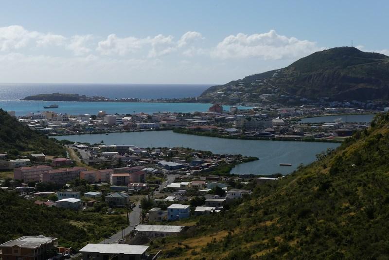 Zona franceza St. Maarten