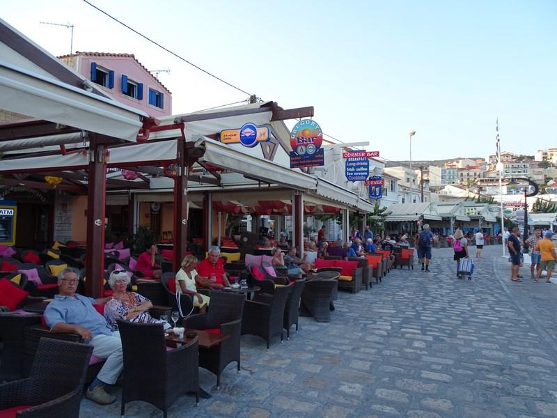 . Taverne grecesti