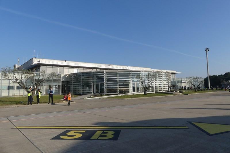 Aeroport Nimes