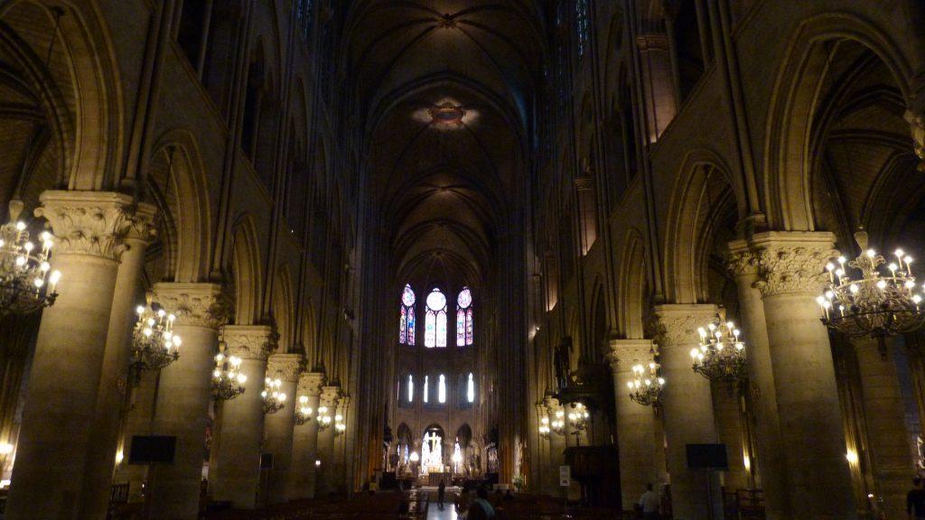 . Interior Notre Dame