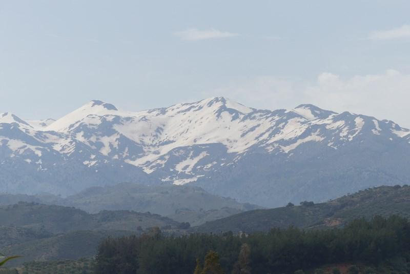 Muntii Albi Creta