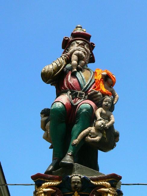Statuie Berna