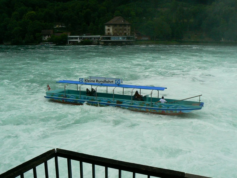 Vas Cascada Rinului