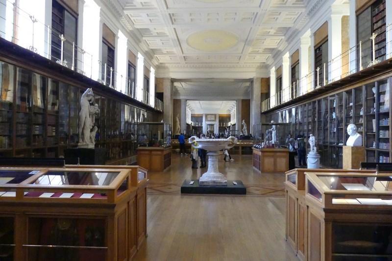 Librarie British Museum