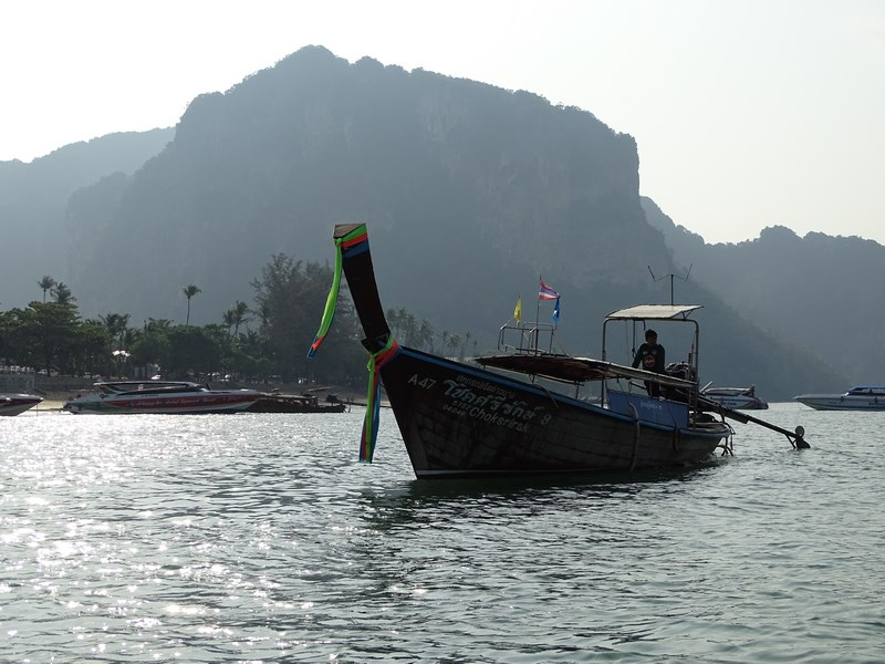 Barca Railay