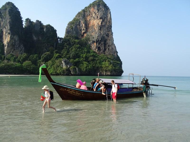 Transport cu barca