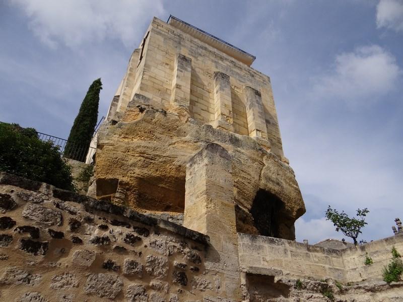 Biserica St. Emilion