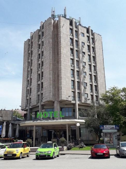 Hotel Srbja Varset