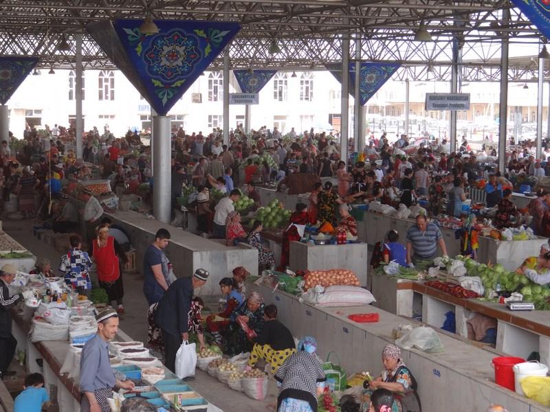 Piata Uzbekistan
