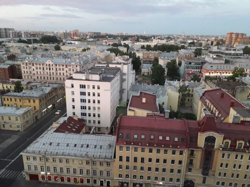 Nopti Albe St. Petersburg