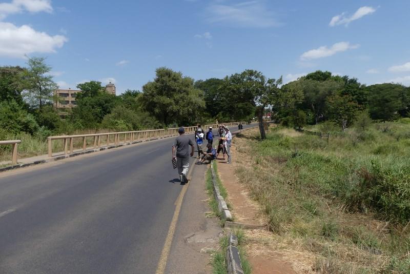 Drumul spre Victoria Falls