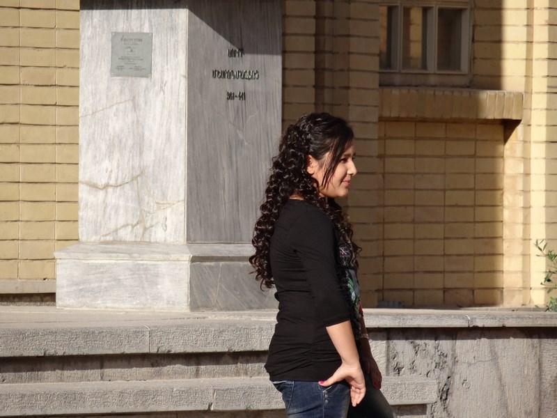 Fata goala in Iran
