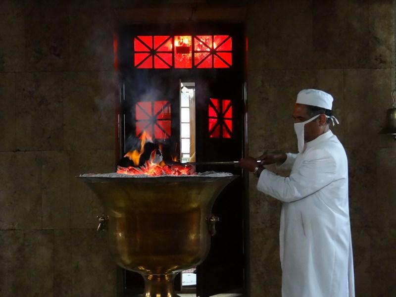 Focul sacru zoroastrian