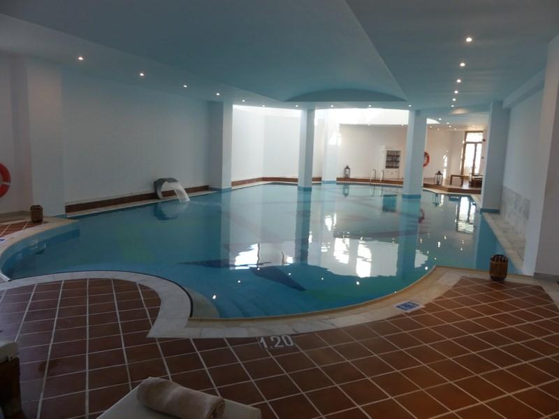 Mitsis Rodos Maris piscina acoperita