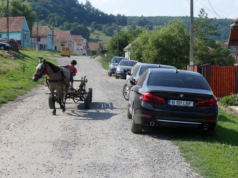 BMW cu caruta