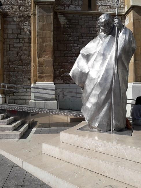 Statuie Ioan Paul II