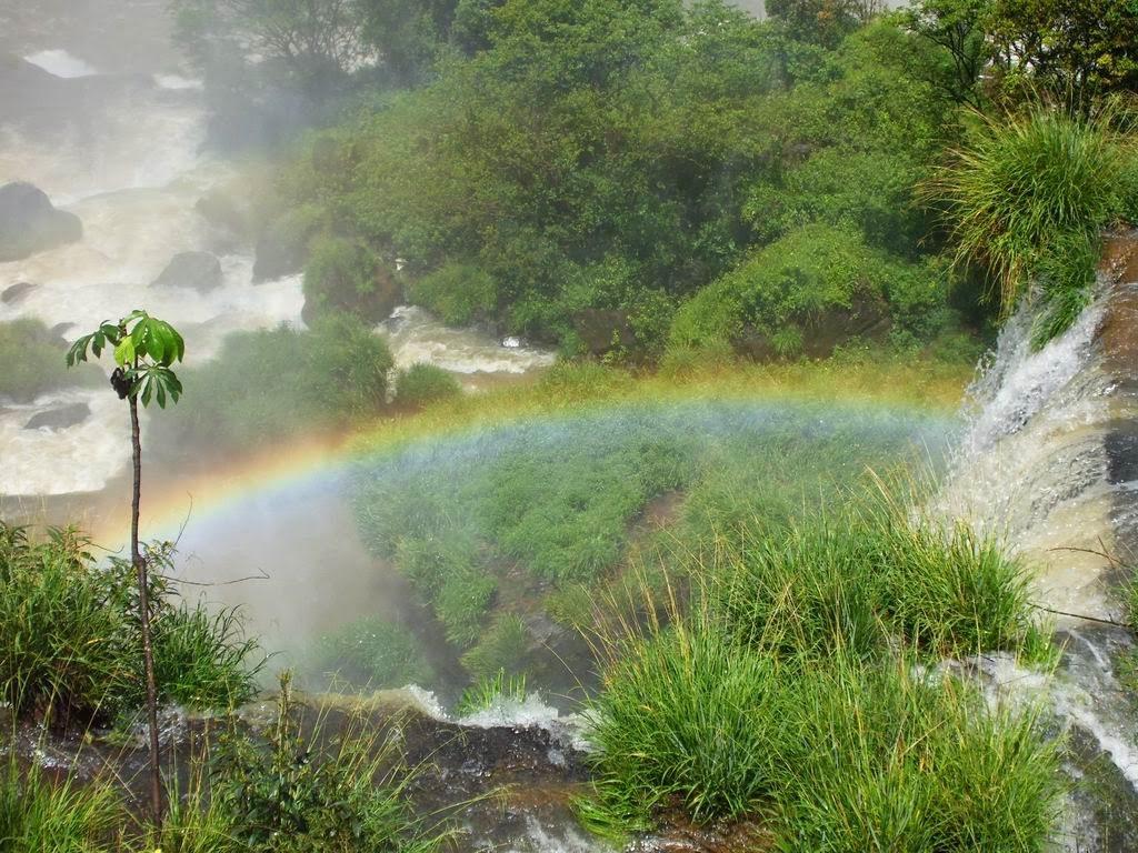 Curcubeu la Iguazu