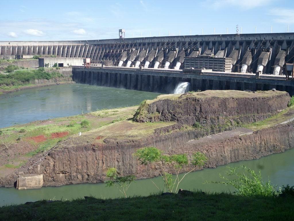 Hidrocentrala Itaipu