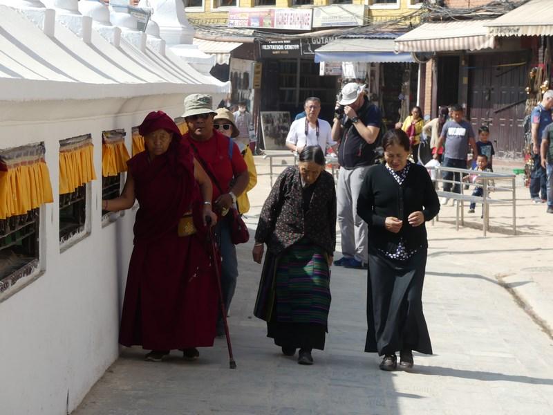 Credincioase tibetane