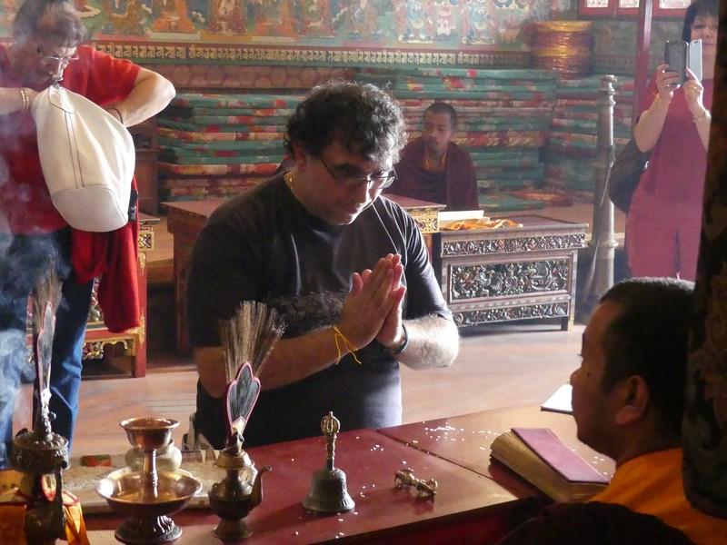 Binecuvantare budista
