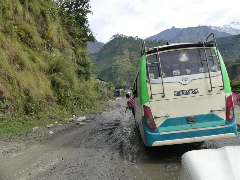 Bus Pokhara Jomsom