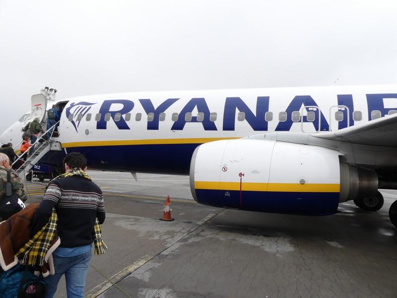 . Ryanair Bucuresti