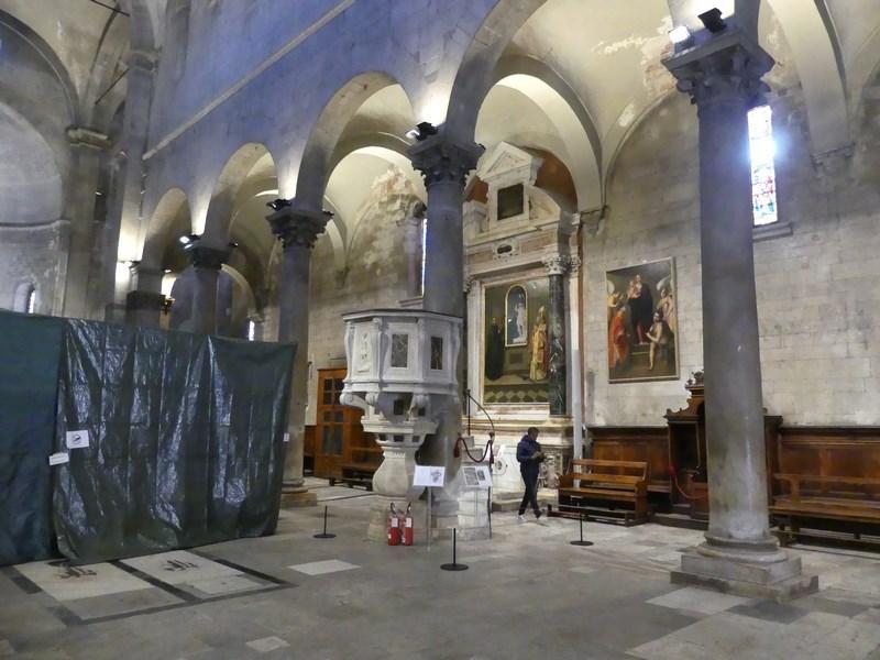 Interior Lucca