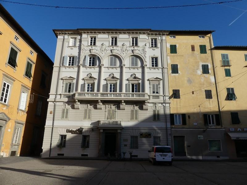 Cladiri Lucca