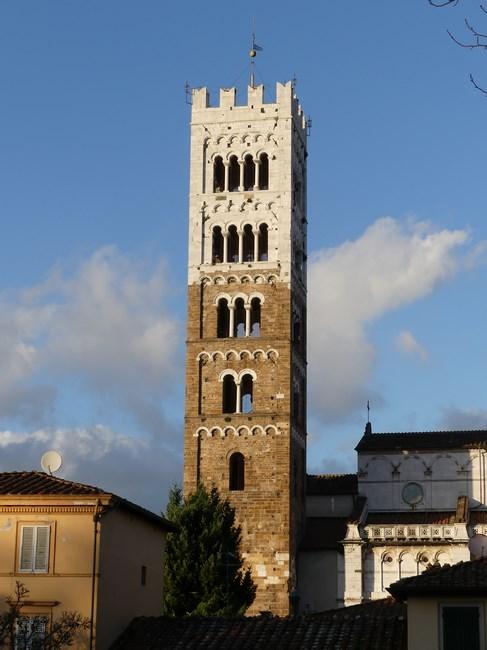 Campanile Lucca