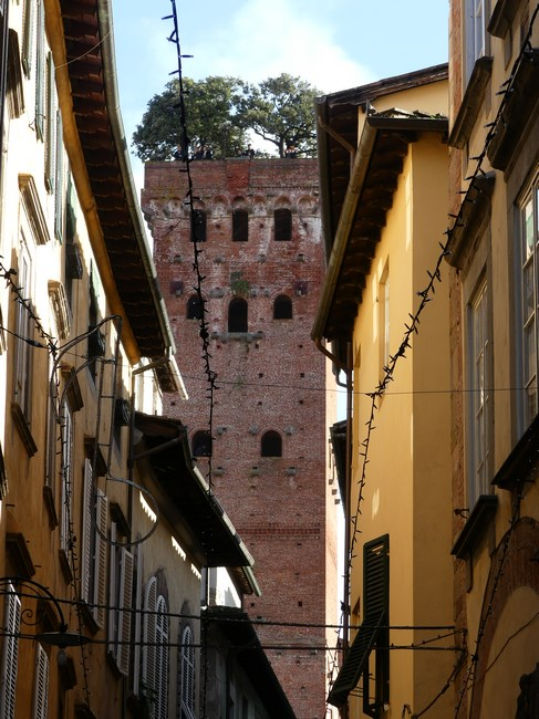 Turn Lucca