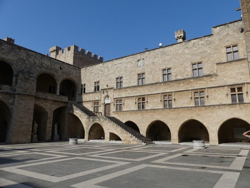 Palatul Marilor Maestrii